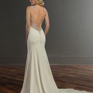 Martina Liana 964 Sample Wedding Gown Size 12